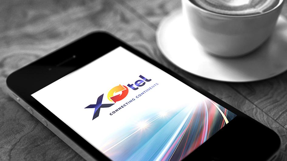Использование логотипа Xotel в дизайне сайта © Креативное агентство KENGURU