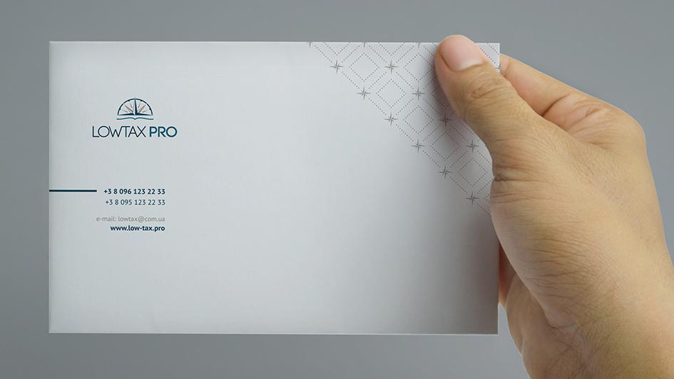 Логотип и фирменный стиль LOWTAX PRO в брендбуке © Креативное агентство KENGURU