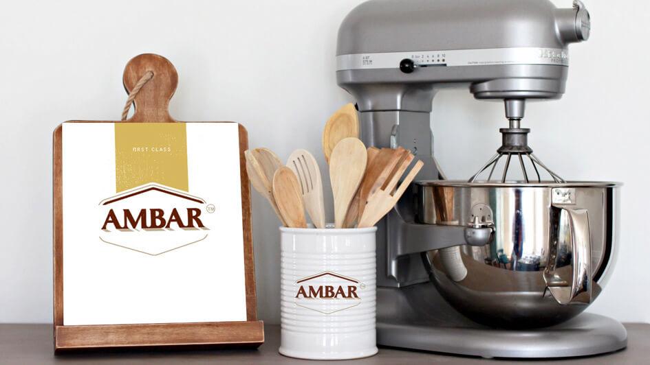 Использование логотипа в фирменной продукции ТМ Амбар © Креативное агентство KENGURU