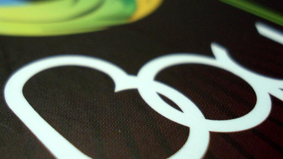 "Разработка логотипа компании ""ВАУ"" © Креативное агентство KENGURU"